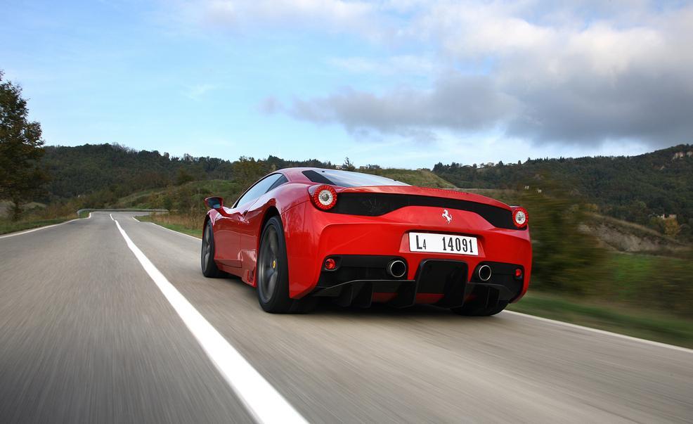 Ferrari 458 Speciale Image 4