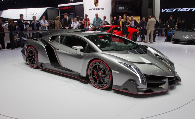 Lamborghini Veneno เพียง 3 คันทั่วโลกเท่านั้น