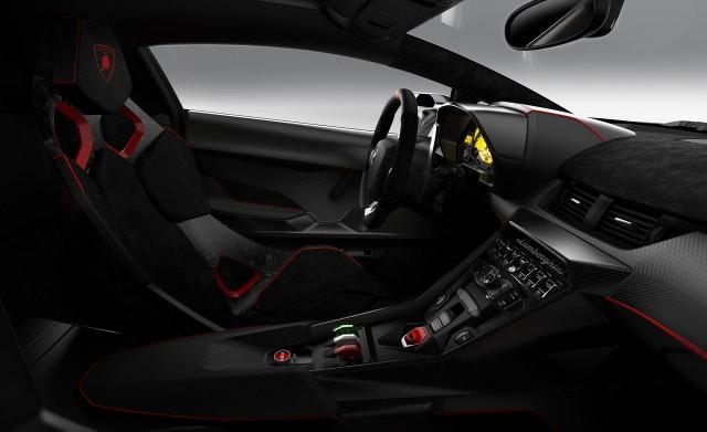 Lamborghini Veneno ด้านใน