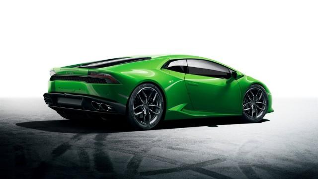 Lamborghini Huracan LP 610-4 สีเขียวรูปที่สอง