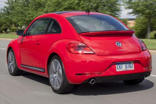 2014 Volkswagen Beetle Image 2