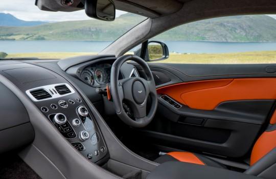 2015 Aston Martin Vanquish Image 6