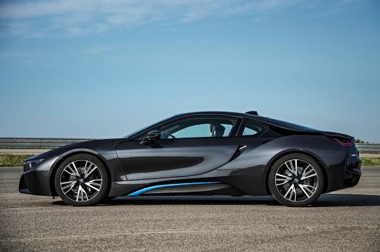 2014 BMW i8 Image 4