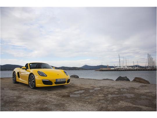 Porsche Boxster รถสปอร์ตเปิดประทุน 1
