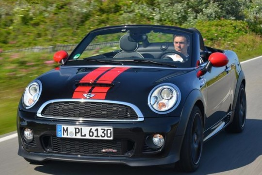 2015 MINI Cooper Roadster Image 3
