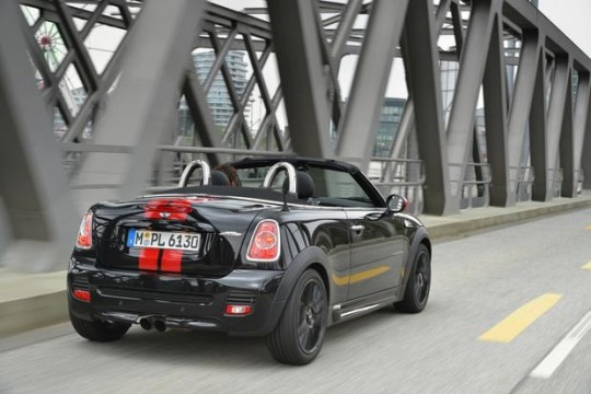 2015 MINI Cooper Roadster Image 4