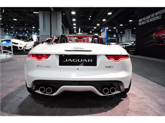 2015 Jaguar F-Type Pic 2