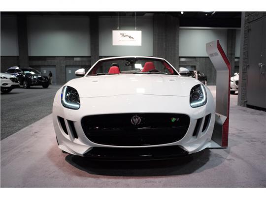 2015 Jaguar F-Type Pic 4