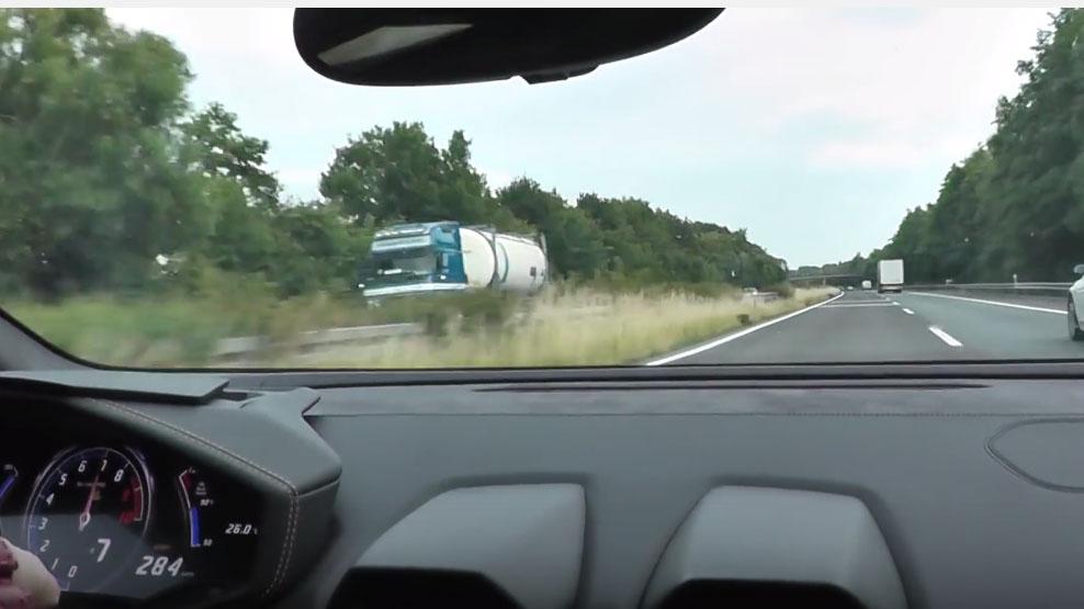 Lamborghini Huracan LP 610-4 วิ่ง 295 km/h ที่ Autobahn