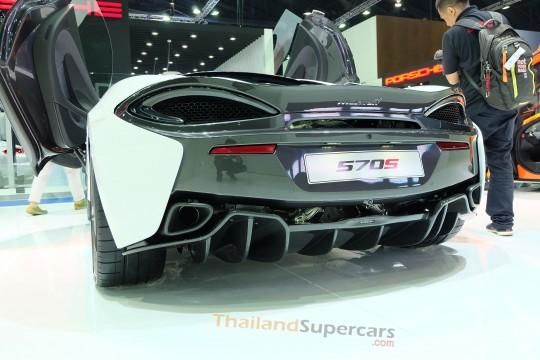 "McLaren 570S Coupe  จากงาน ""มอเตอร์โชว์ 2016"""