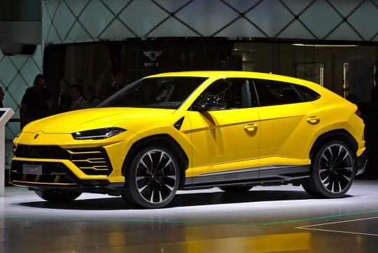 Lamborghini URUS รถสปอร์ตอเนกประสงค์รุ่นแรกของโลก