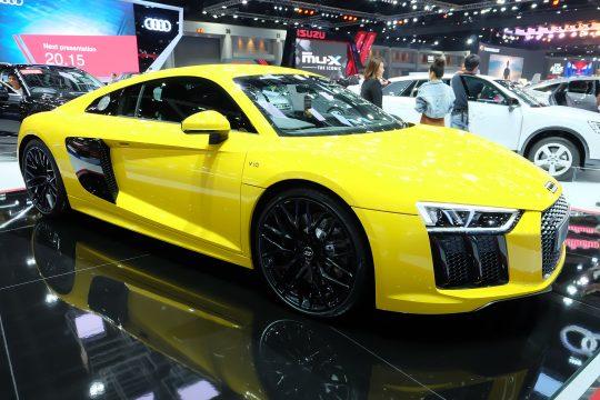 คำนวณตารางผ่อน-ดาวน์ Audi R8 V10 2018 พร้อมสเปค ราคา